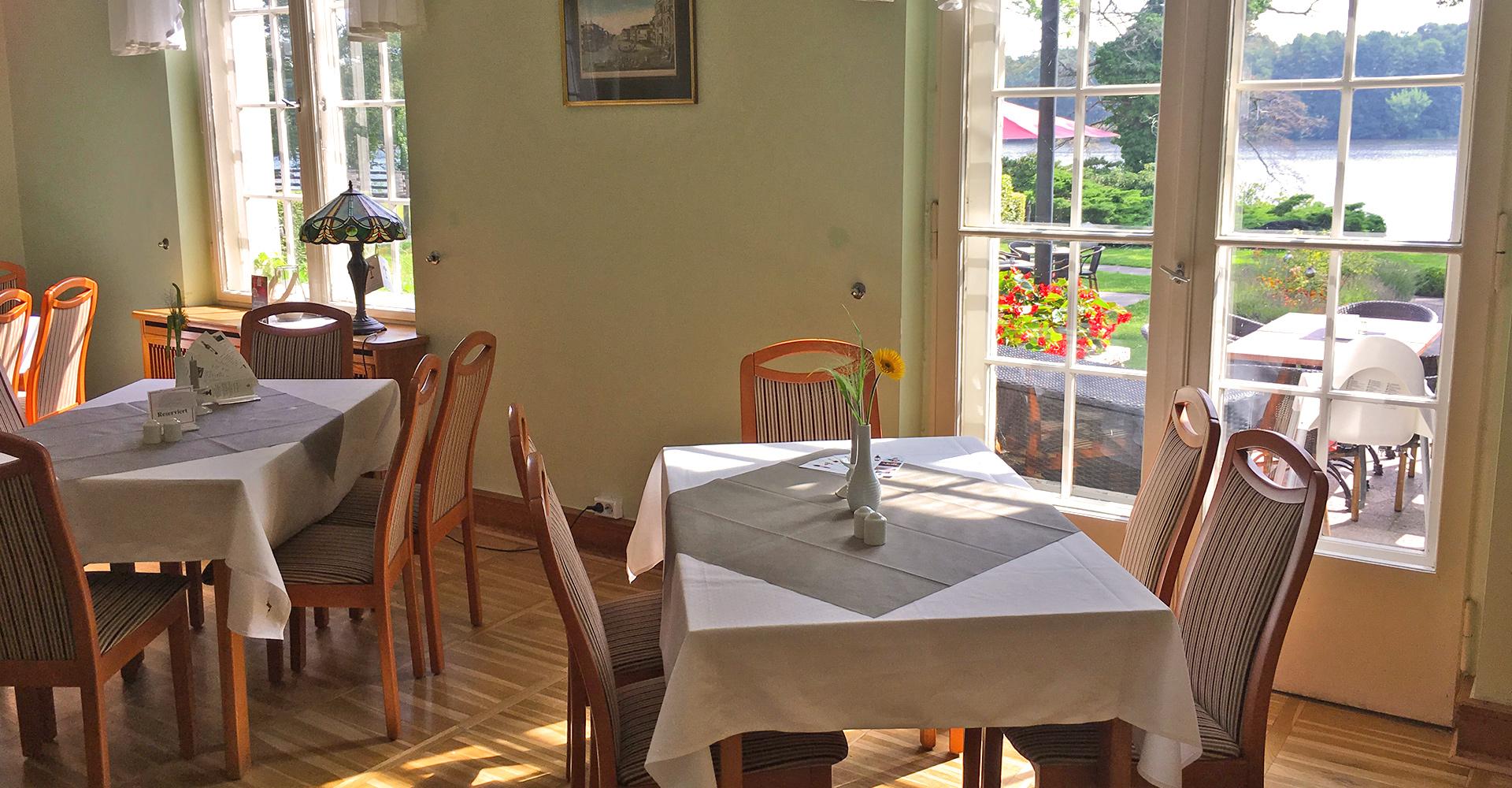 Restaurant Seeromantik mit Ausblick auf den Streganzer See